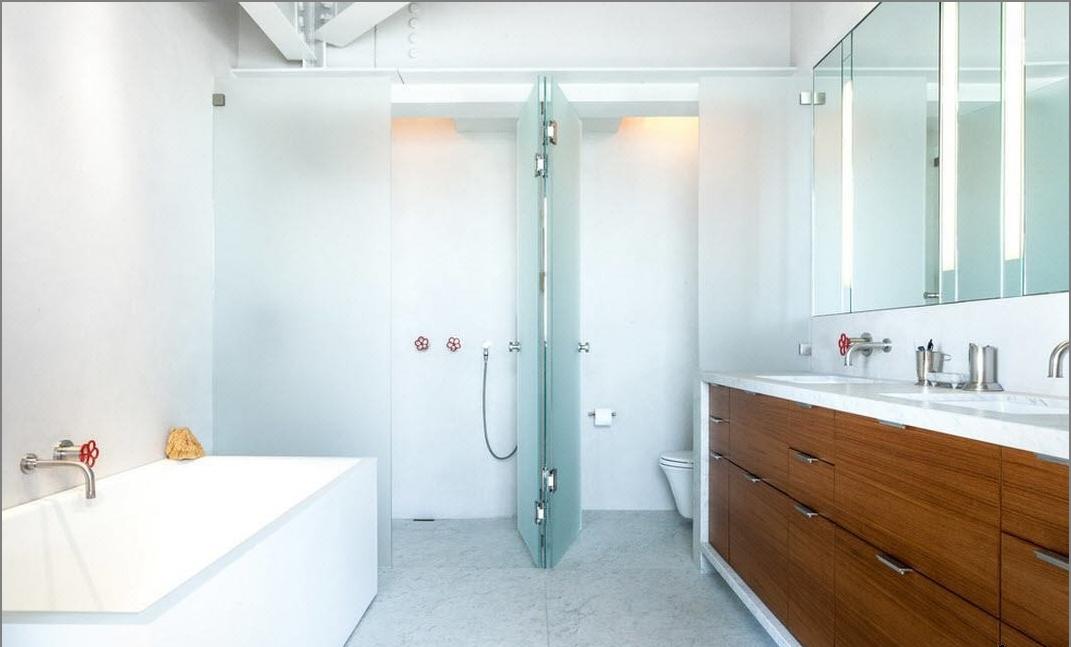 100 Najbolji dizajn ideje suvremene kupaonice u potkrovlju na fotografiji  d...
