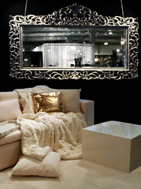 В интериора на хола в стила на арт деко