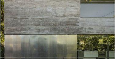 dizajn-bolshogo-doma-s-otkrytym-prostranstvom-na_10