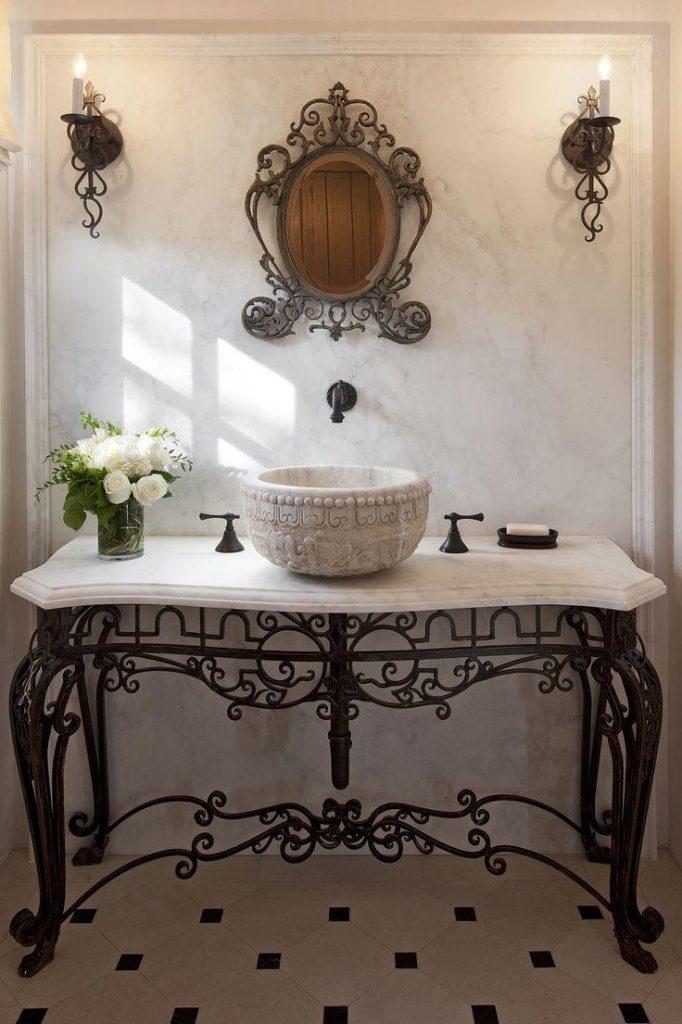 Коя да изберем мебели в банята