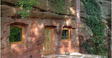 prosto-no-organichno-ujutnyj-dom-v-700-letnej