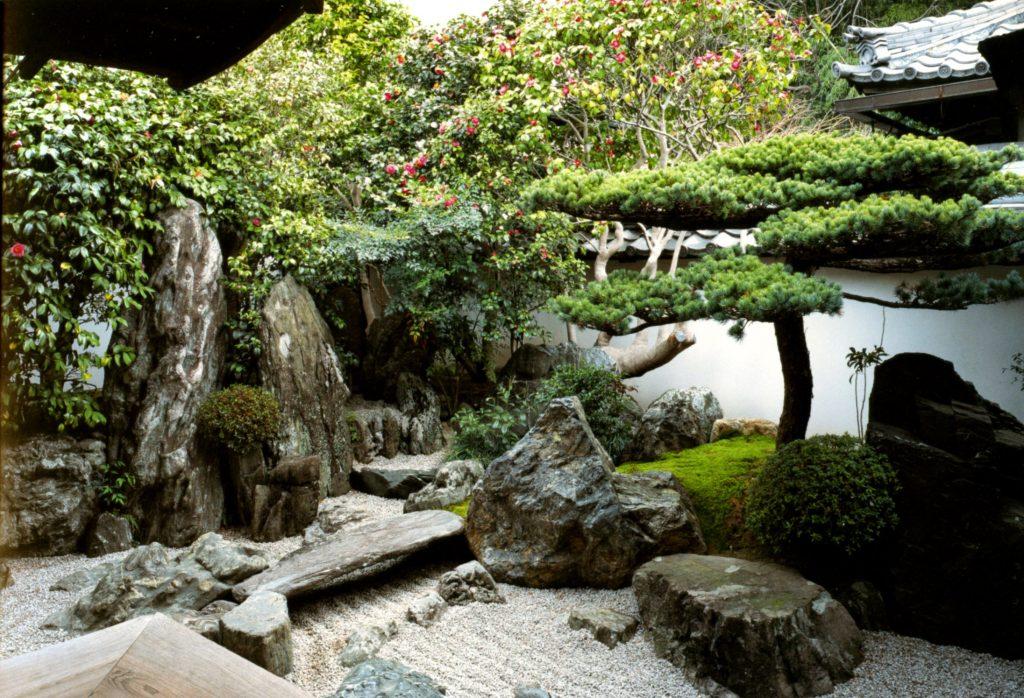 stone-garden-1
