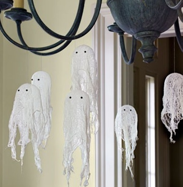 ghosts-skeletons-and-skull-for-halloween