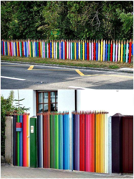 سياج من الأقلام الملونة.