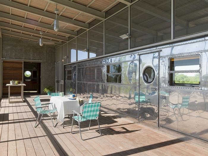Модерен дом в ретро стил: къща от ремаркето