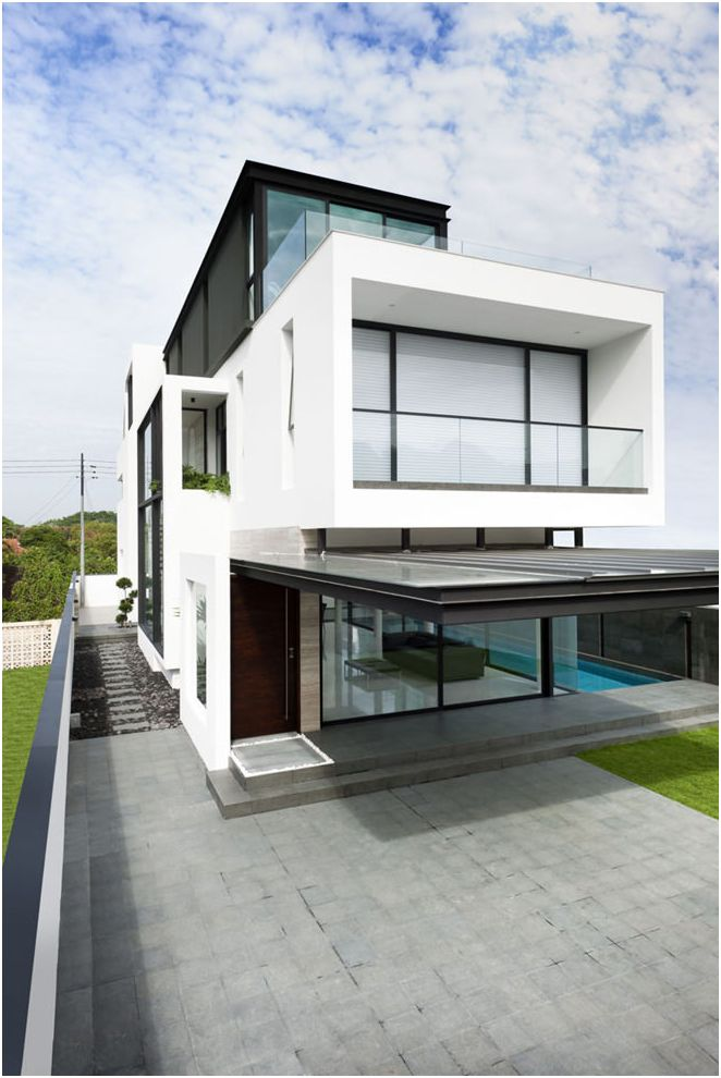 Private house facade design