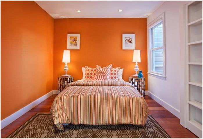 Цветовата комбинация на стените, пода и тавана