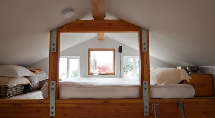 Тя пренаредени гараж в уютна вила площ от само 23 квадратни метра. м