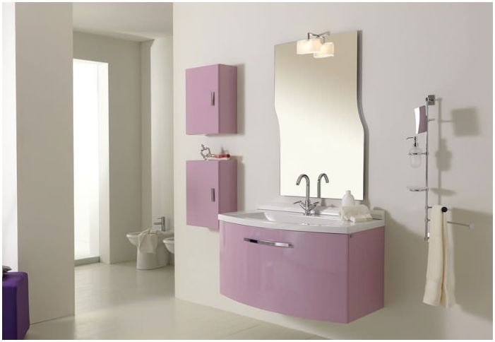 Design lilac bathroom