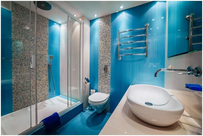 bathroom in blue