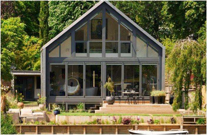 Къща земноводни, които не се страхуват от никой наводнения