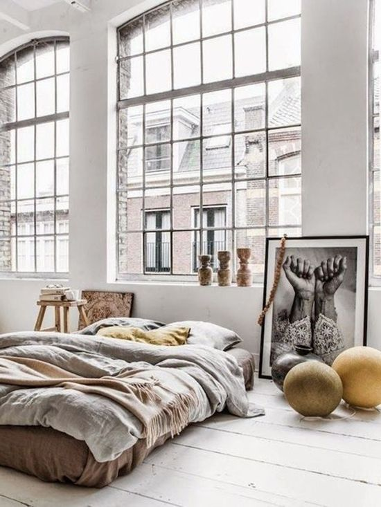 How to successfully combine a bedroom with the living room in an apartment (photo interiors)