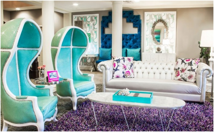 turquoise color in the living room interior