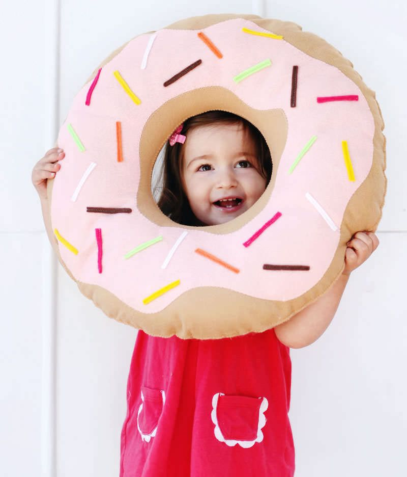 pillow-donut made of felt