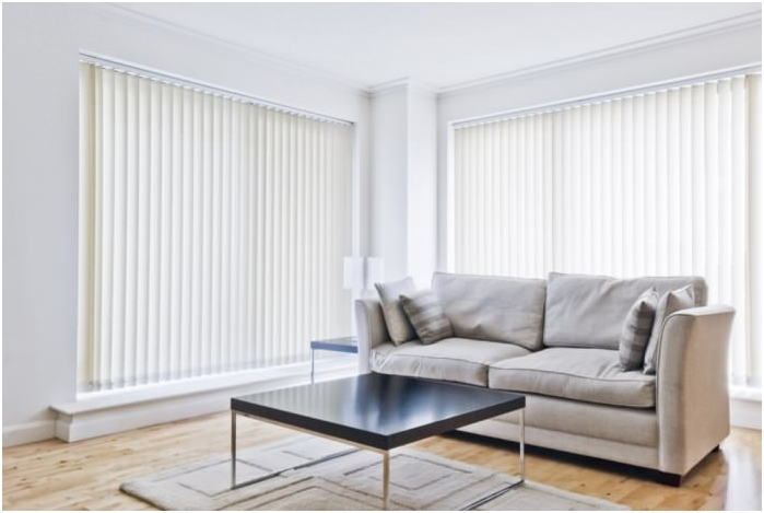 types of blinds according to the method of fastening: out of the window opening
