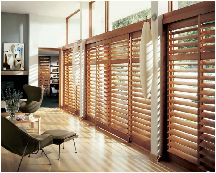 types of blinds on the material: wood