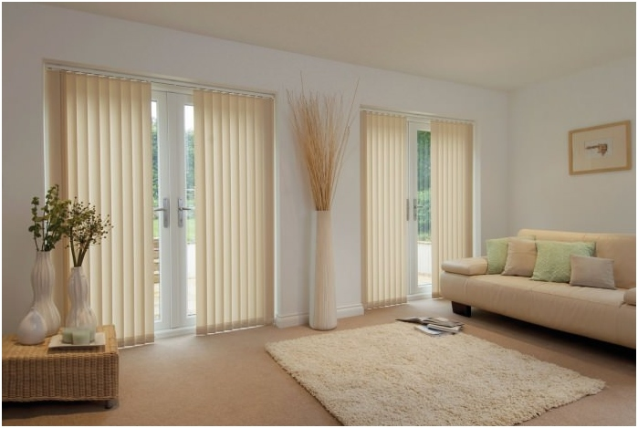 types of blinds on the material: cloth