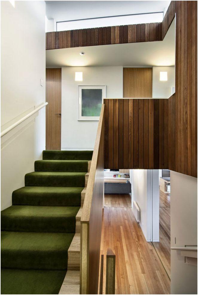 Красивият дизайн на къщата с изглед към морето в Уелингтън