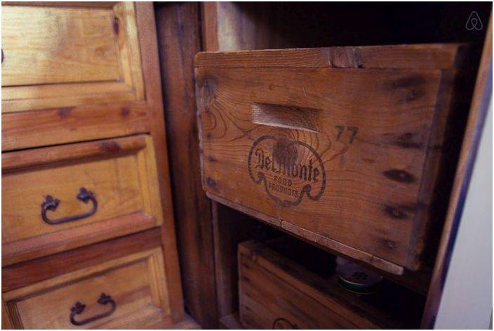 Steep къща на мястото на стария хамбар: 35 квадратни метра на твърдо комфорт