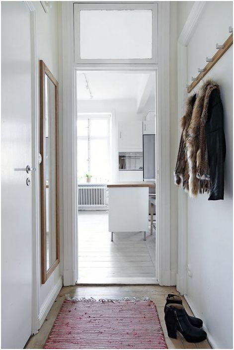 Малък апартамент за младо момиче: 30 квадратни метра елегантен интериор