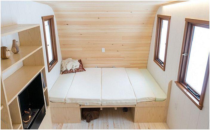 Мини-къща площ от само 11 квадратни метра. метра, където можете да бъде сам със себе си