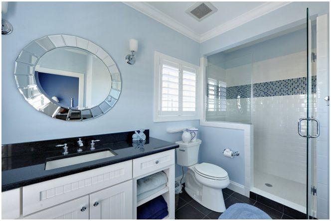 Marine настроение с баня в синьо
