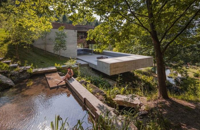 В духа на минимализма: къща с един прост и точен геометрия