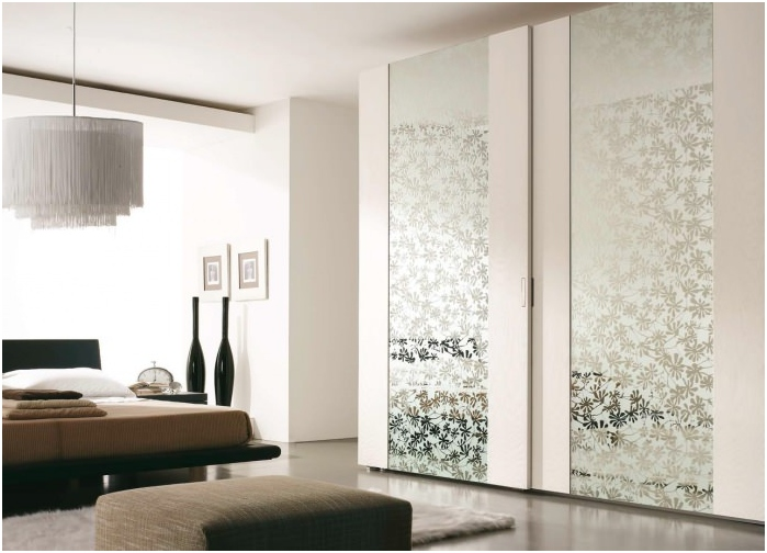 wardrobe with decorative mirrors