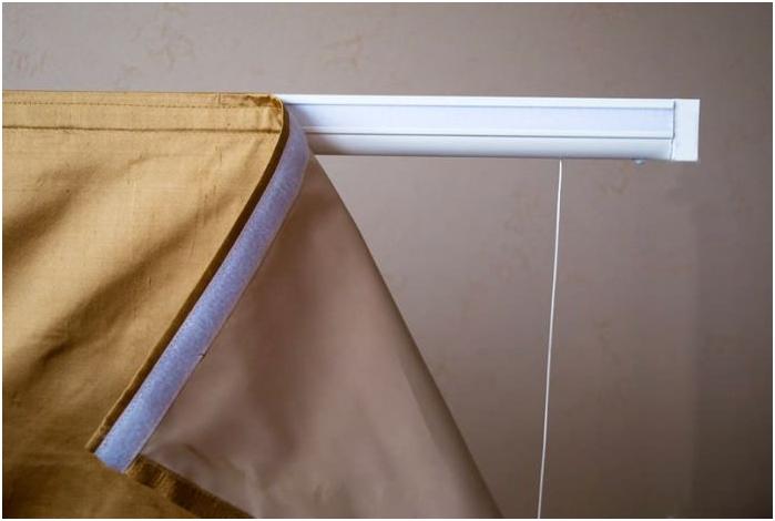 Изборът на корниза за завеси: опции, стилове, видове стойки