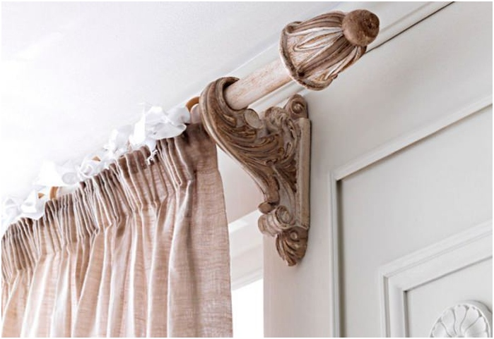 classical cornice for curtains
