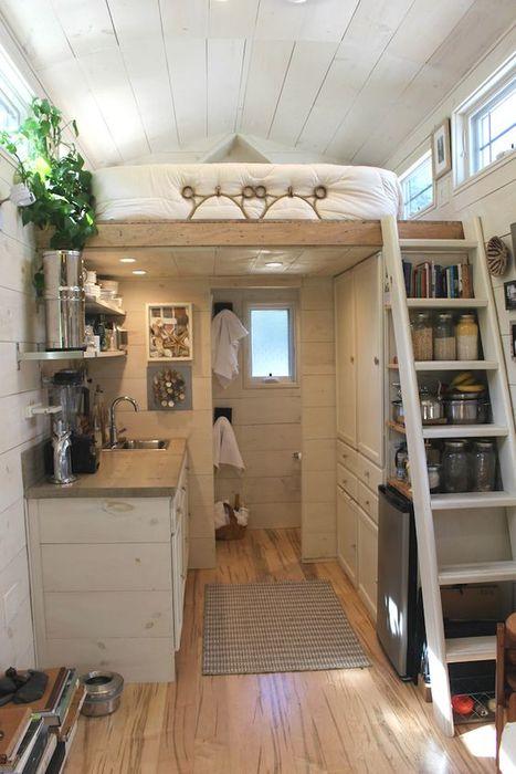 Да живееш в малък апартамент: 7 начина да направите дома си по-добре