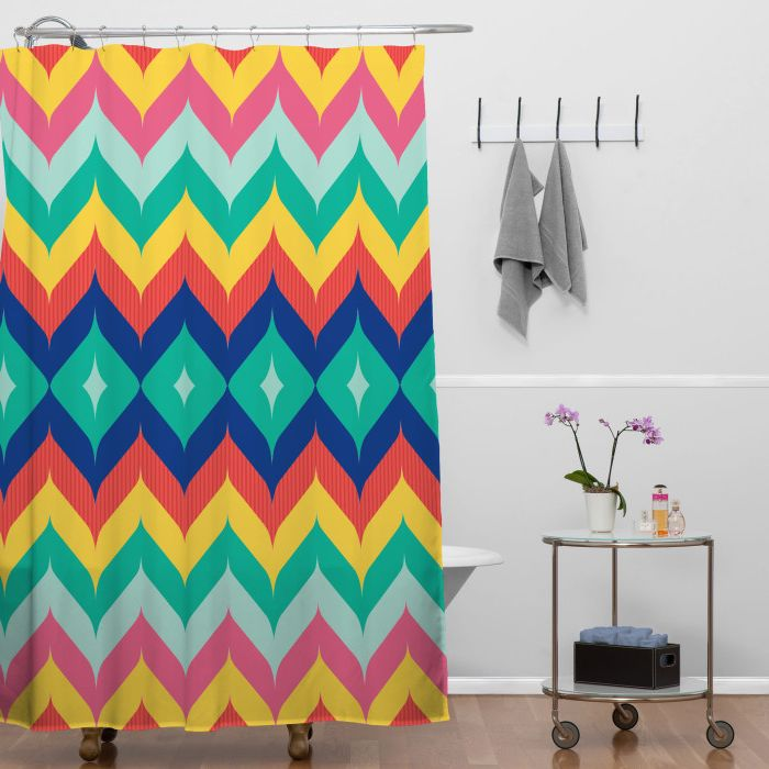 10 Modern And Stylish Shower Curtains