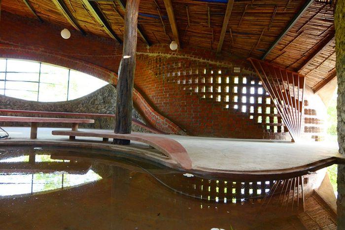Селски блясък: къща с фантазия форми