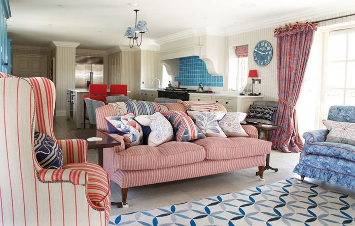Красотата на контраст: модерни килими в класическите интериори