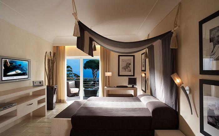Modernes Schlafzimmer Mit Mediterranen Stil Elemente