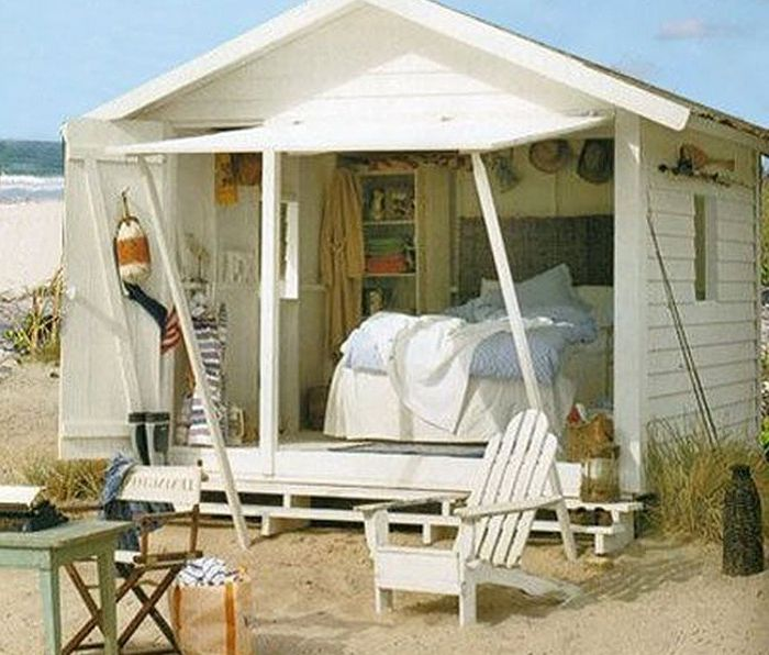Мъжете не са допуснати: дамски къщи, превърнати от гаражи