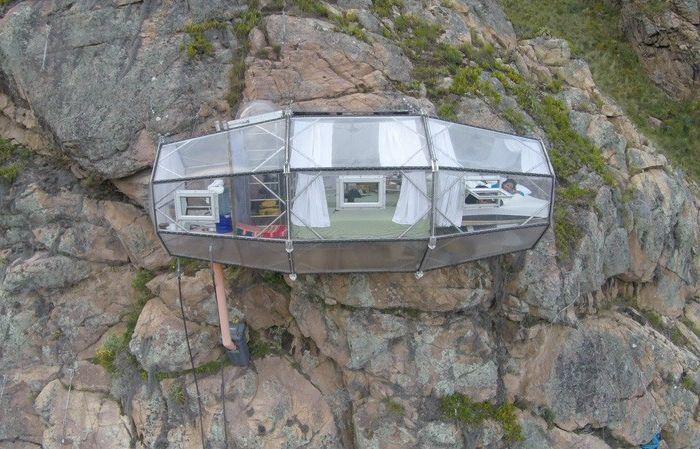 """Капсулите на скалите: идеалното място да прекарат нощта феновете на """"остри"""" усещания"""