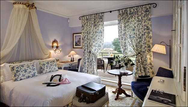 Bedroom + Boudoir-555-4