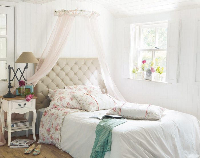 Bedroom- in-Provence-style-555-17