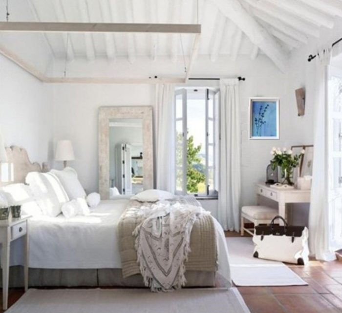 Bedroom- in- Provence- style-555-2