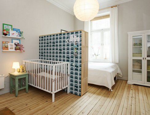 Parent- bedroom + children's- room-888