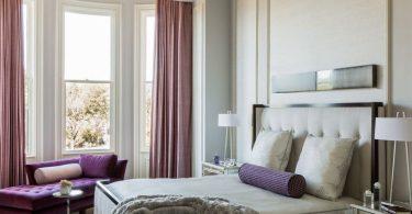 fioletovyj-cvet-v-interere-spalni