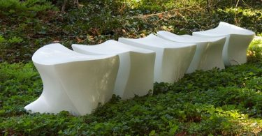 Park bench from lightweight concrete - a harmonious symbiosis of the brutal material and subtle forms of Mary Khoury