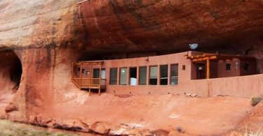 Away from the bustle of the city: Cave House