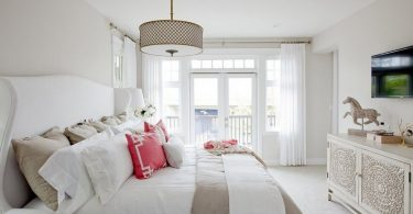 Pendant lights in the bedroom: 8 photo interior ideas