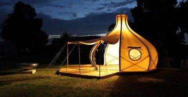 Light tent bamboo tent Froute Pod by designers from Melbourne