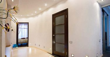 Design ceiling in the hall: the main options furnish