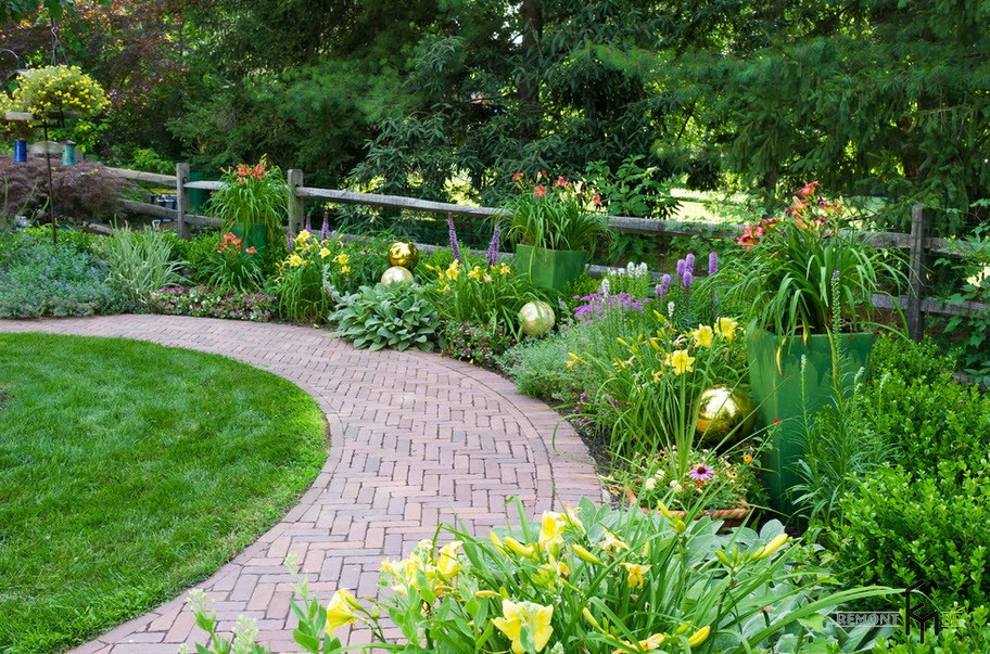 Garden- paths- 30- best- examples- of -design - photo-5