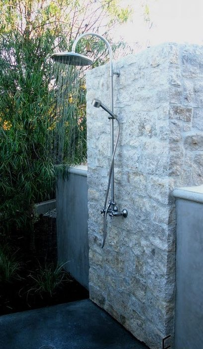 Summer -shower-at-the-villa-8