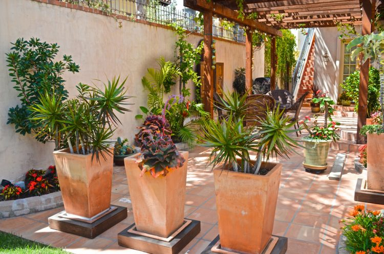 Garden- flowerpots- best-ideas-222